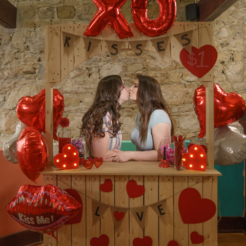 kissing booth photography prop