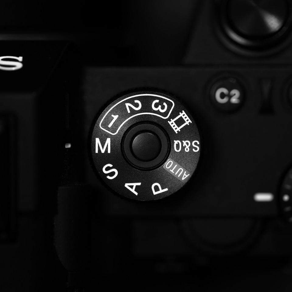 camera dial in manual mode